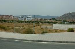 Parcela urbana de 1.735 m² en Petrer. Guirney San Rafael.