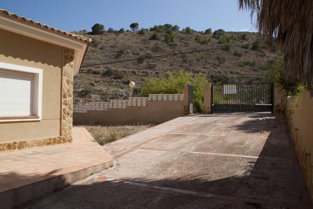 Chalet en Rabo de les Penyes - Pueblo Acantilado - El Campello 03