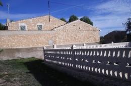 Casa Chalet en urbanización El Toscar – Monóvar