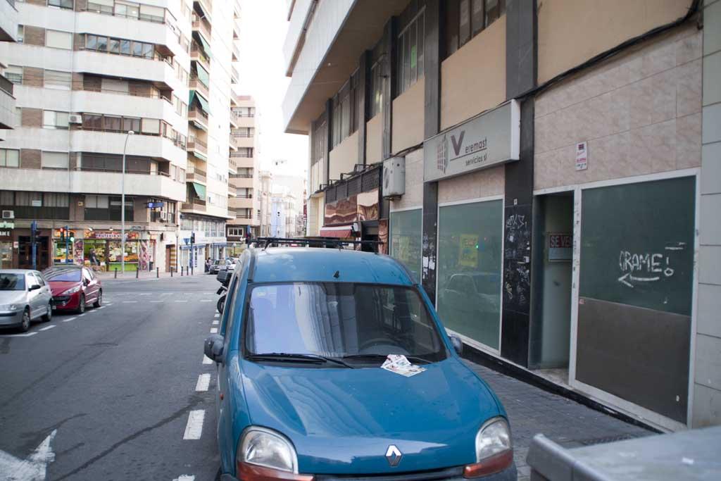 Local comercial en Pintor Velazquez - Alicante 03