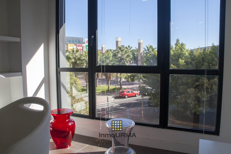 Oficina junto al centro comercial Gran Via Alicante 11