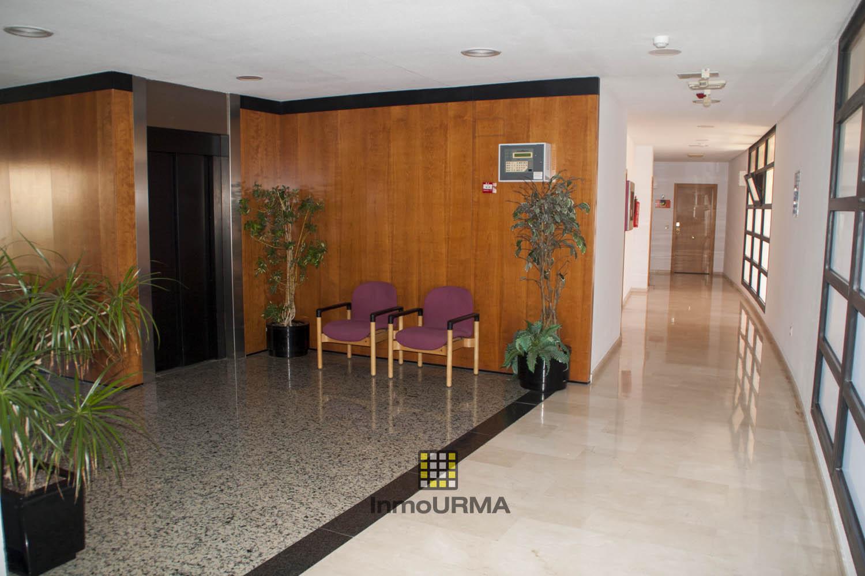 Oficina junto al centro comercial Gran Via Alicante 18