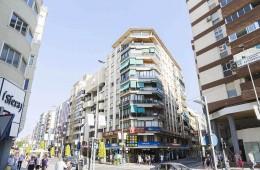 Piso en el centro de Alicante en Avenida Maisonnave
